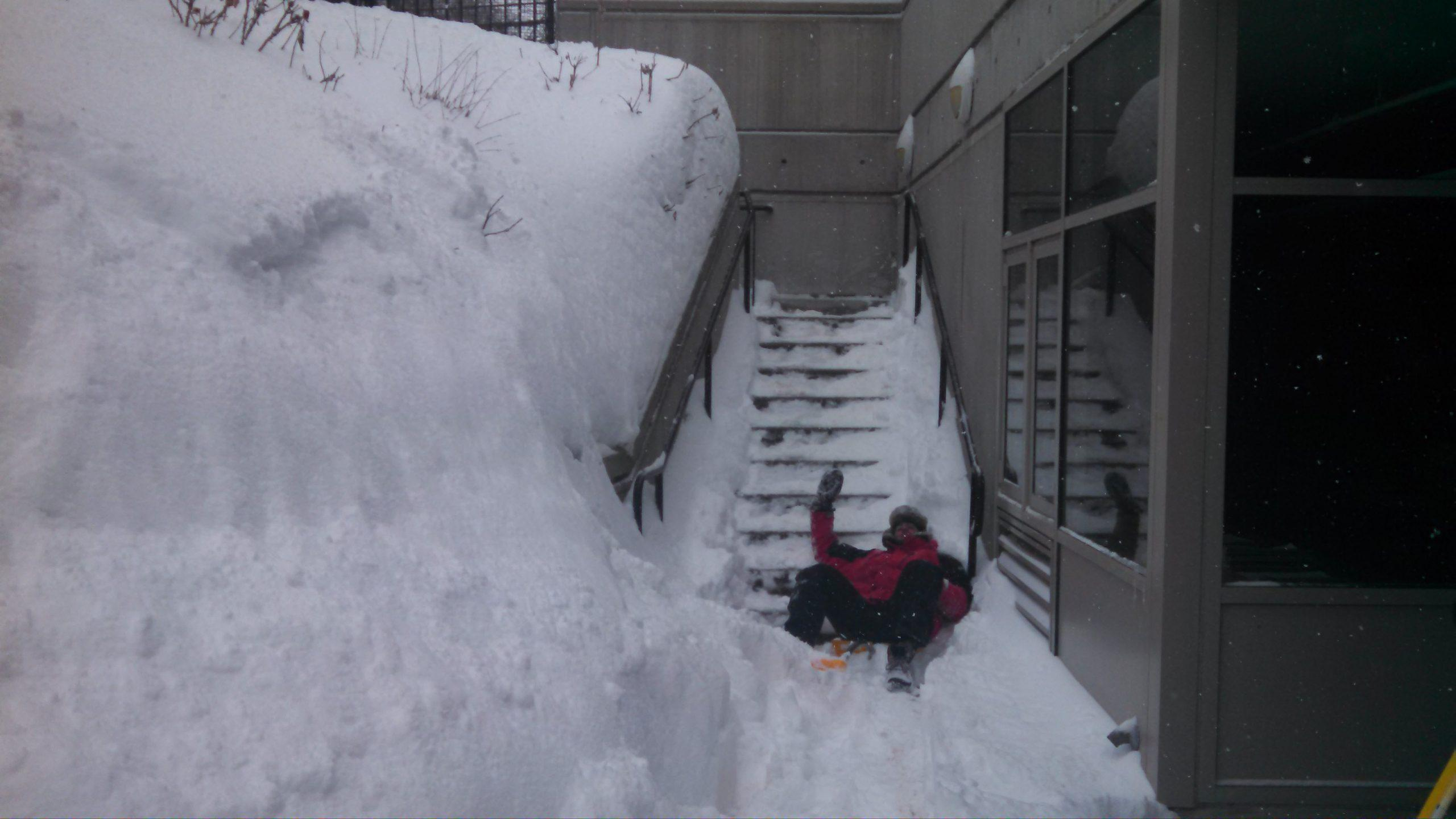 As+most+of+us+slept+in%2C+the+maintenance+crew+came+to+work+early%2C+digging+%28quite+literally%29+the+community+out+of+one+of+the+harshest+winters+in+Boston%E2%80%99s+history.%0A