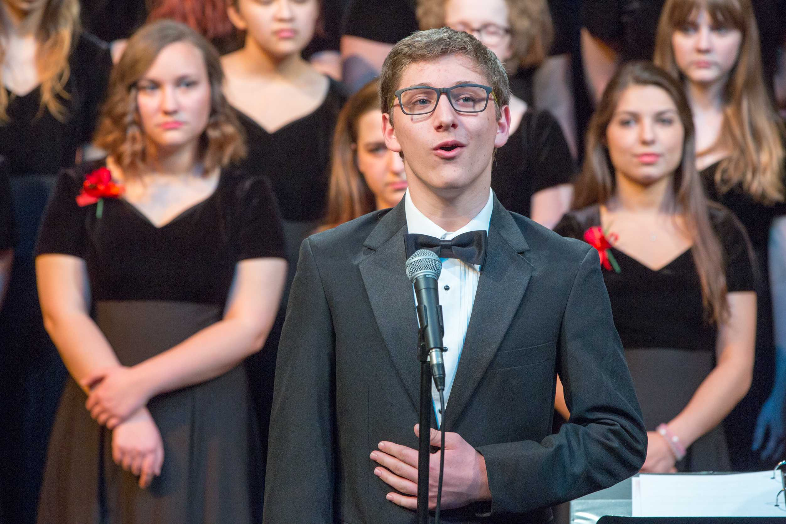"""Zack Rocklin-Waltch '17 performs """"A New Brain"""" from the titular musical. Photo by David Barron."""