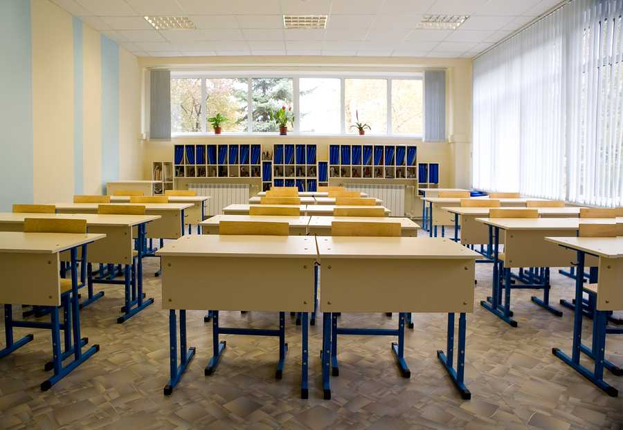 Empty+class+at+school
