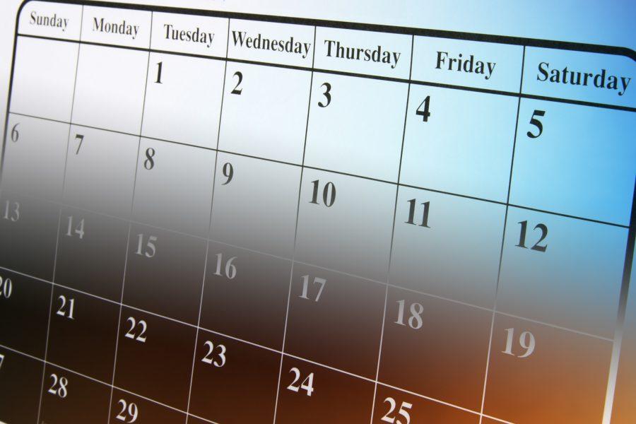 Close+Up+of+Calendar+in+Warm+Tones