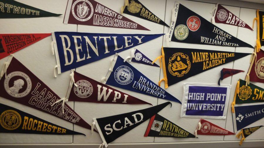 Seniors+Offer+Advice+as+Juniors+Start+College+Counseling