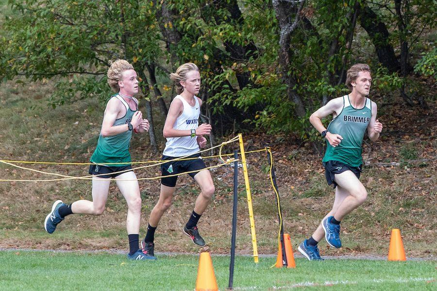 Richard+OKeefe+20+leads+the+field+at+an+early+cross+country+race.+Photo+by+David+Barron.+