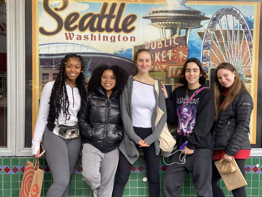 (L-R) Stephanie Cranmore 21, Sade Latinwo 20, Ella Meranus 20, Zachary Ginsberg 22, and Claire Masterson 20 enjoy the sights in Seattle after the Student Diversity Leadership Conference. Photo courtesy of Jessica Christian.