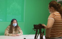 Gator Nation News Manager Sofia Spring 22 films the first episode of the year, with anchor Haleigh Jacobs 23.